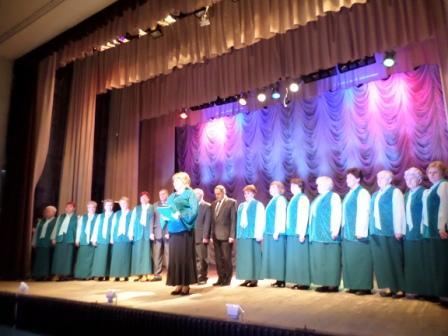 Народный хор всегда вместе с народом