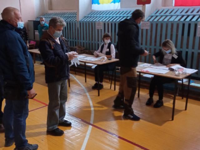 На 15:00 на выборах проголосовали 105 тысяч жителей Кировской области