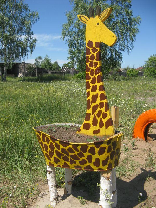 Жираф своими руками для сада 4